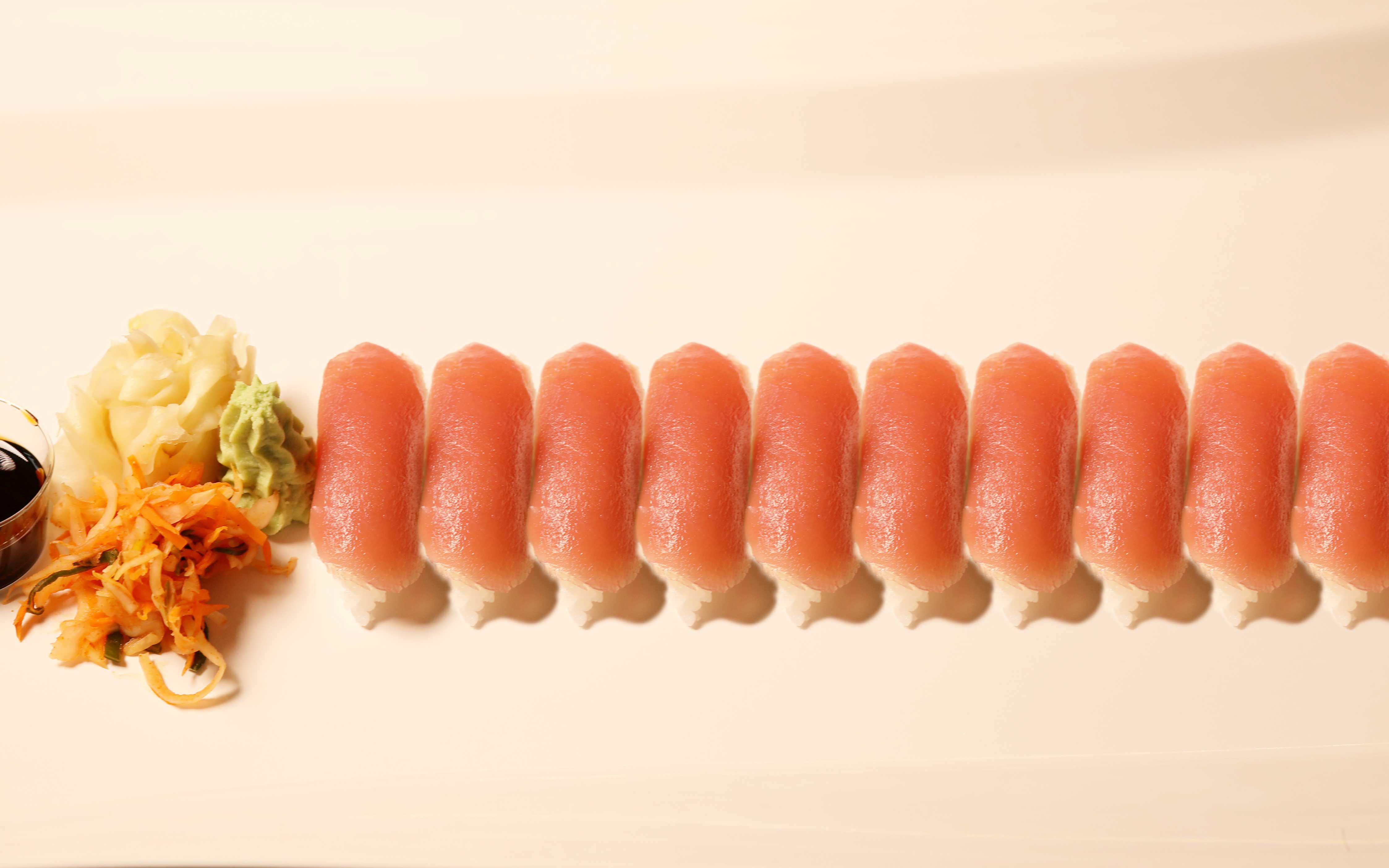 10 Nigiri tuna pris 180